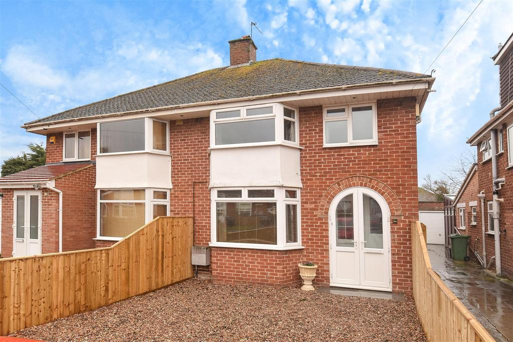 3 Bedrooms Semi Detached House for sale in Ashlong Road, Marston, Oxford