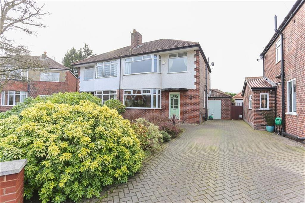 3 Bedrooms Semi Detached House for sale in Curtis Road, Heaton Mersey
