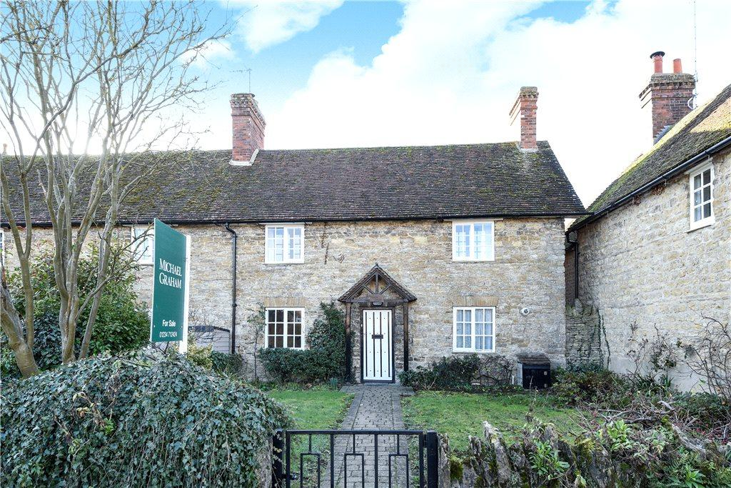 3 Bedrooms Semi Detached House for sale in High Street, Turvey, Bedfordshire