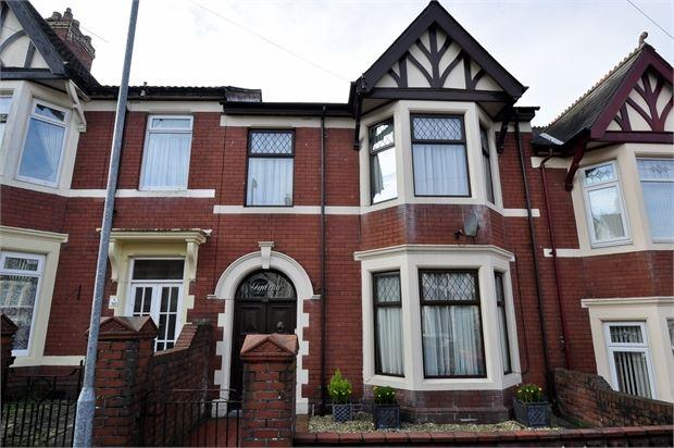 3 Bedrooms Terraced House for sale in Richmond Road , St Julians, Newport, Gwent. NP19 7GH