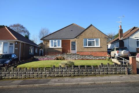 4 bedroom detached bungalow for sale - Wenallt Road, Rhiwbina, Cardiff. CF14 6TP