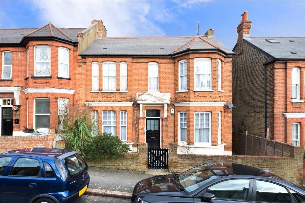 2 Bedrooms Flat for sale in St. Julians Farm Road, West Norwood, London, SE27