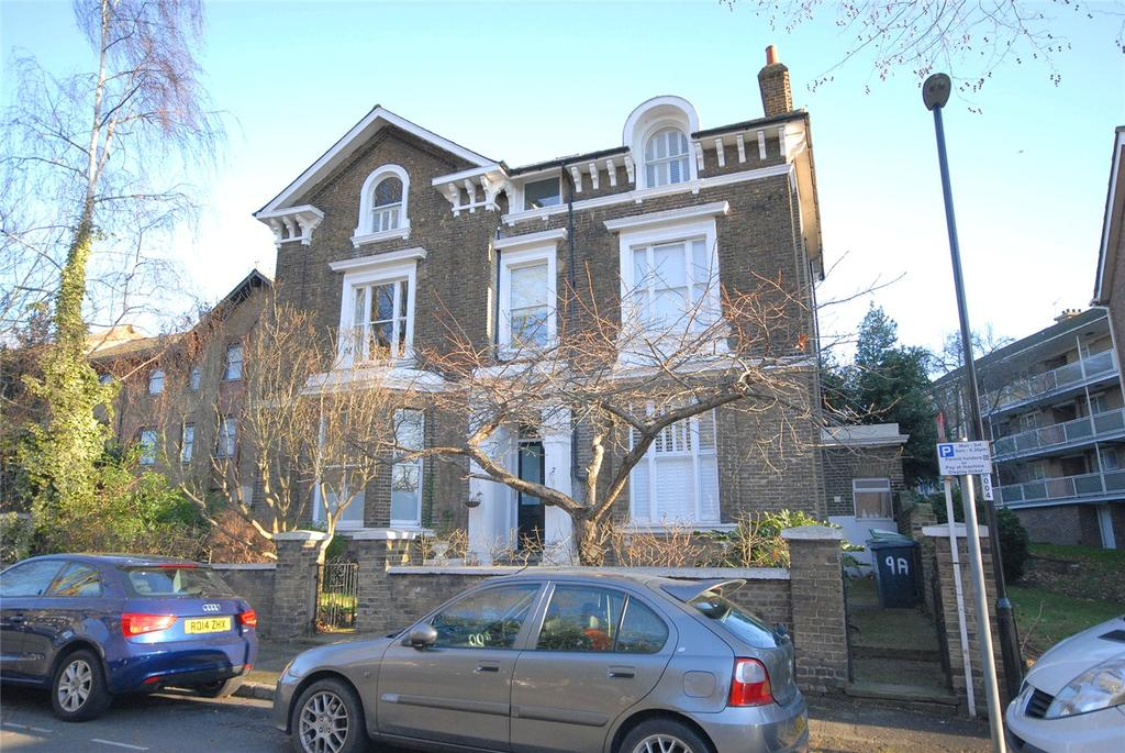 2 Bedrooms Flat for sale in Walerand Road, Lewisham, London, SE13