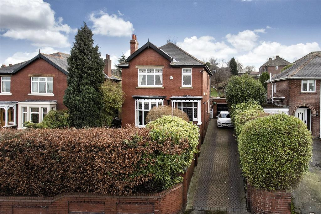 4 Bedrooms Detached House for sale in Frank Lane, Thornhill, Dewsbury, West Yorkshire, WF12