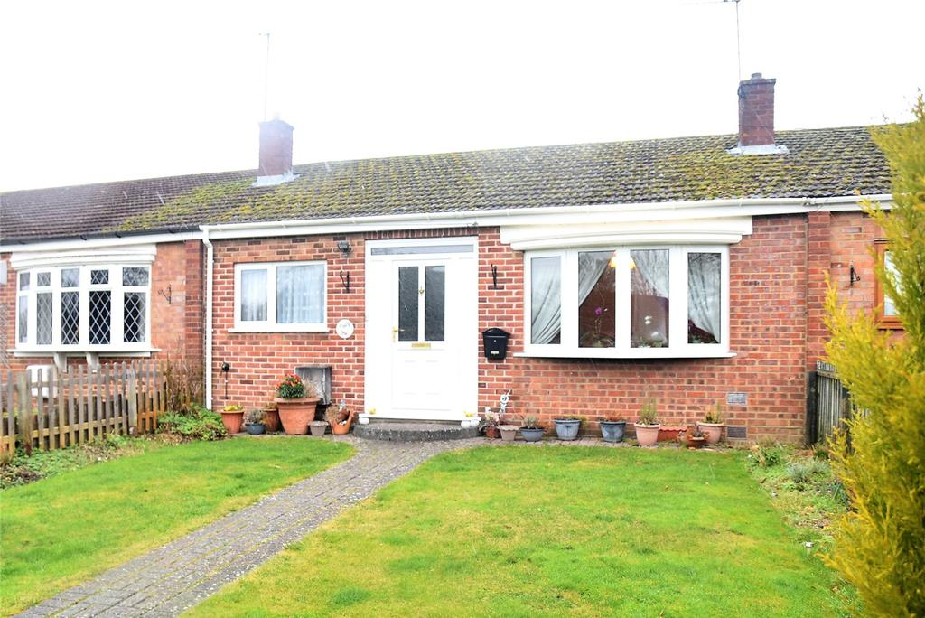 2 Bedrooms Terraced Bungalow for sale in Elmhurst, Tadley, Hampshire, RG26