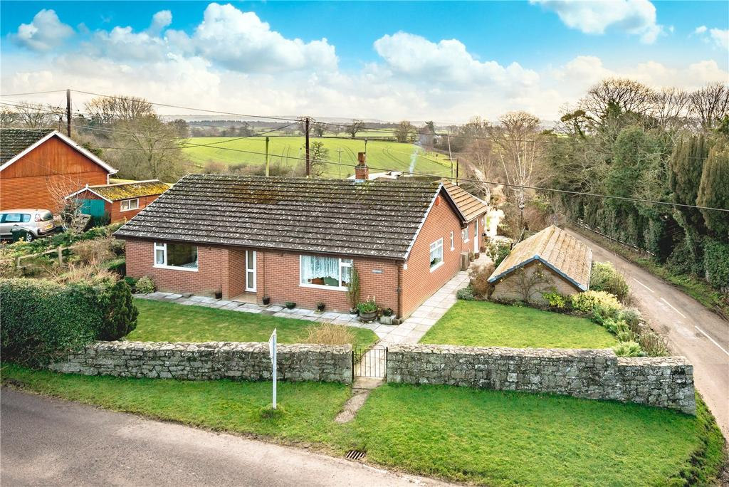 3 Bedrooms Detached Bungalow for sale in Chirbury, Montgomery, Shropshire