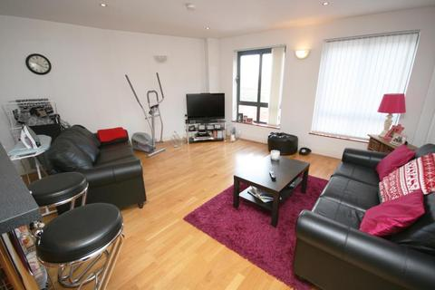 2 bedroom flat to rent - Ellesmere Street, Manchester, Greater Manchester, M15