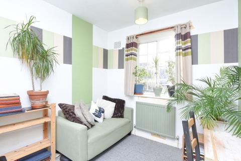 2 bedroom flat to rent - Lancaster Avenue West Norwood  SE27