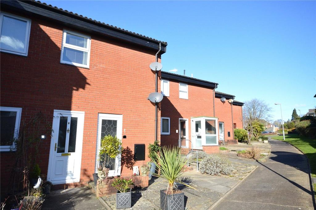 2 Bedrooms Maisonette Flat for sale in Fairoak Court, Lady Mary Road, Cardiff, CF23