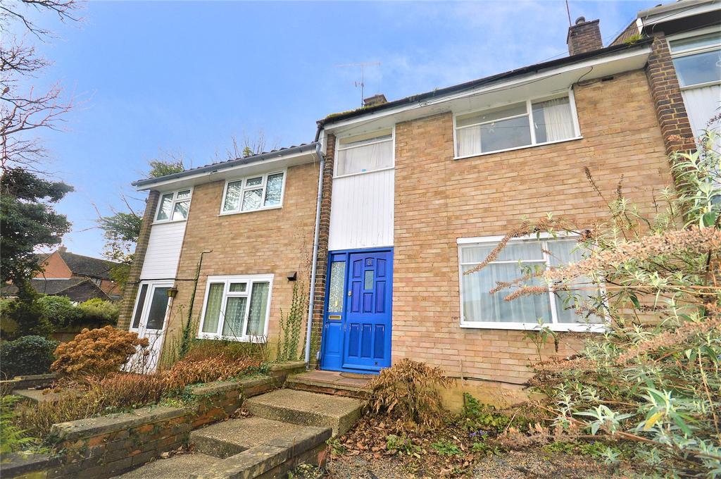 3 Bedrooms Terraced House for sale in Wood View, Gadebridge, Hemel Hempstead, Hertfordshire, HP1