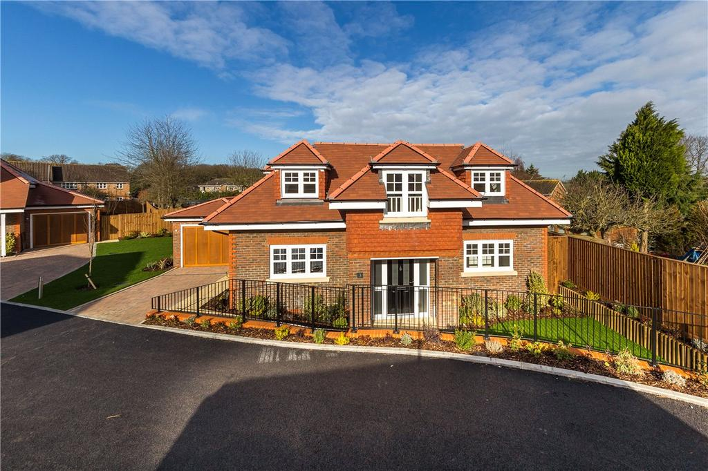 4 Bedrooms Detached House for sale in Ancaster Close, Harpenden, Hertfordshire