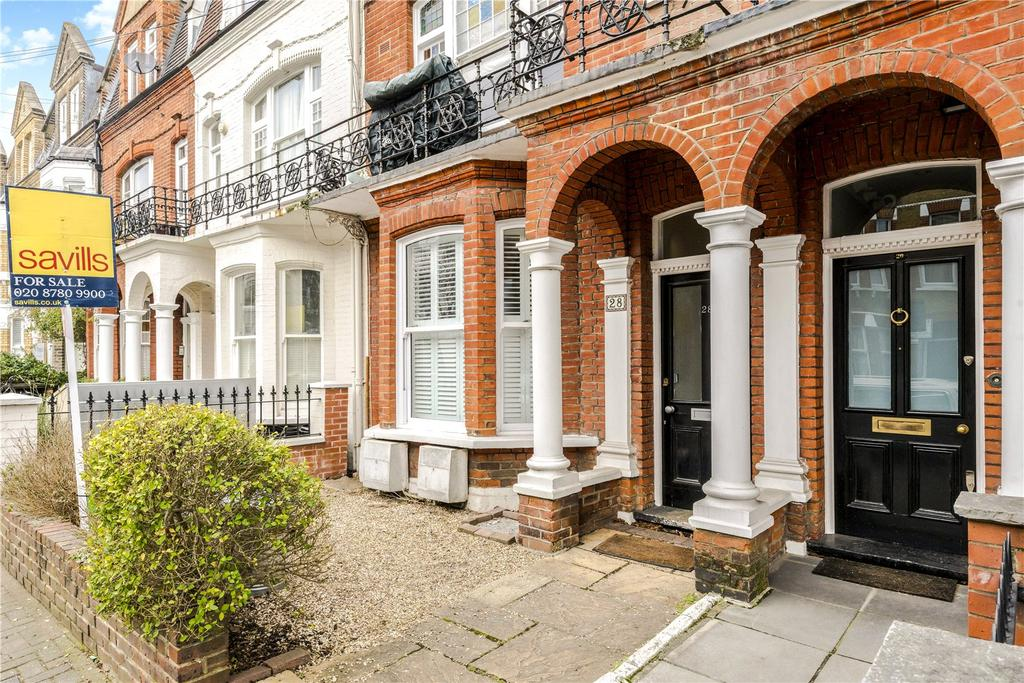 2 Bedrooms Flat for sale in Norroy Road, Putney, London, SW15