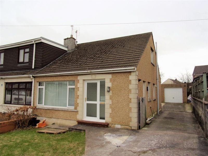 3 Bedrooms Semi Detached Bungalow for sale in Merlin Crescent Cefn Glas Bridgend CF31 4QJ
