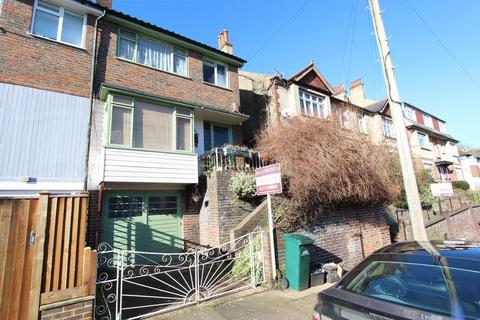 3 bedroom terraced house for sale - Stanmer Park Road, Brighton