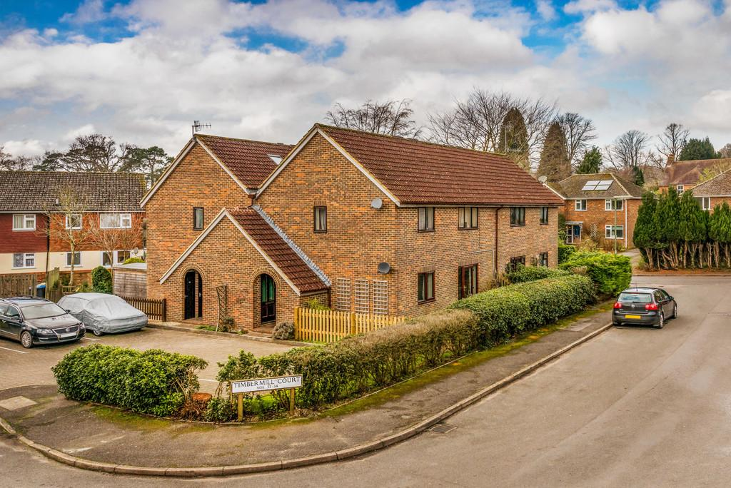 1 Bedroom Ground Flat for sale in Timbermill Court, Haslemere