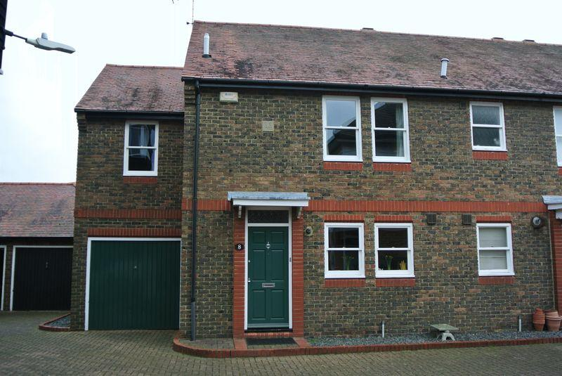 3 Bedrooms Semi Detached House for sale in St Dunstan's, Canterbury
