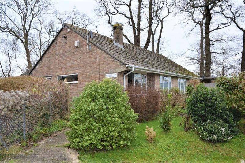1 Bedroom Bungalow for sale in CLAY LANE, BEAMINSTER