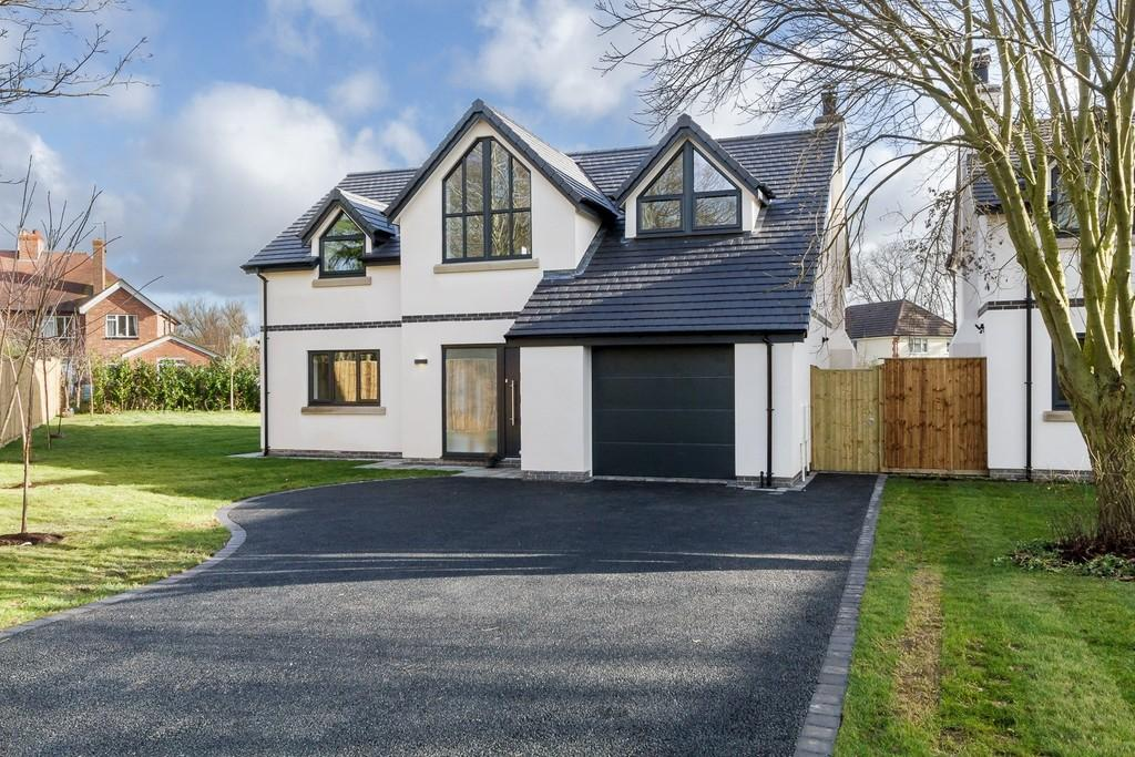 4 Bedrooms Detached House for sale in 3 The Paddock, Hartford, CW8 1NQ