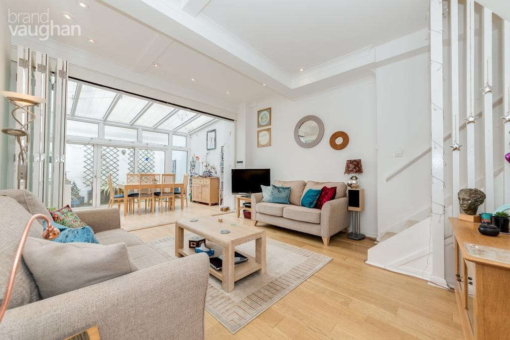 3 Bedrooms Terraced House for sale in Marine Terrace Mews, Brighton, BN2