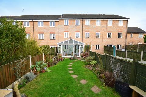 4 bedroom terraced house for sale - Parkinson Drive, Chelmsford, CM1 3GW