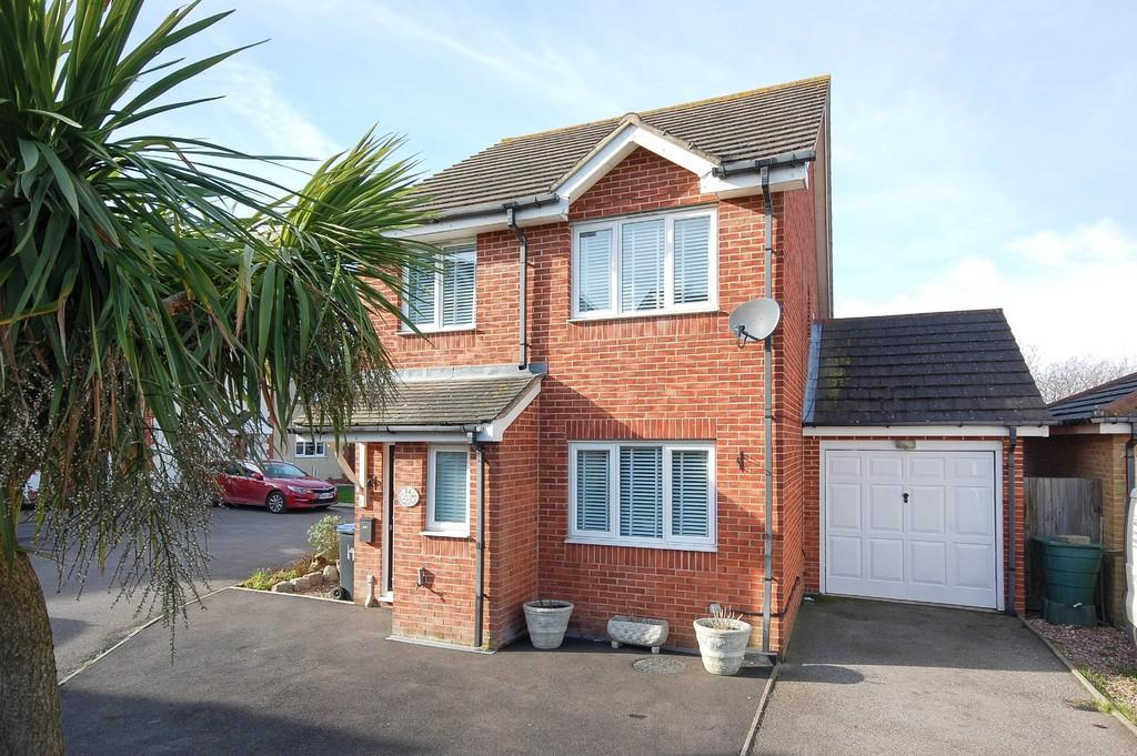 3 Bedrooms Detached House for sale in Winkle Close, Herne Bay