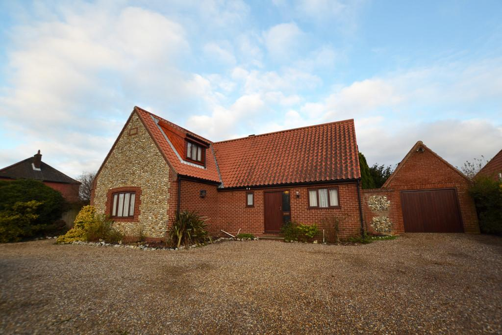 4 Bedrooms Detached House for sale in Yaxleys Lane, Aylsham