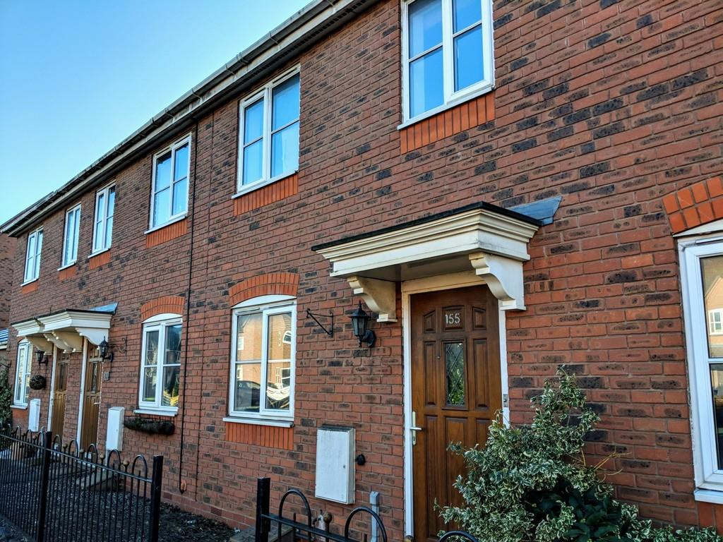 3 Bedrooms Terraced House for sale in Dickens Heath Road, Dickens Heath