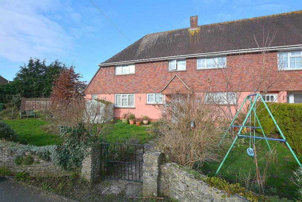3 Bedrooms Semi Detached House for sale in Oakley Road, Wimborne