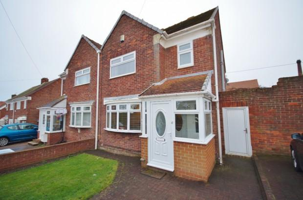 3 Bedrooms Semi Detached House for sale in Esdale, Ryhope, SR2