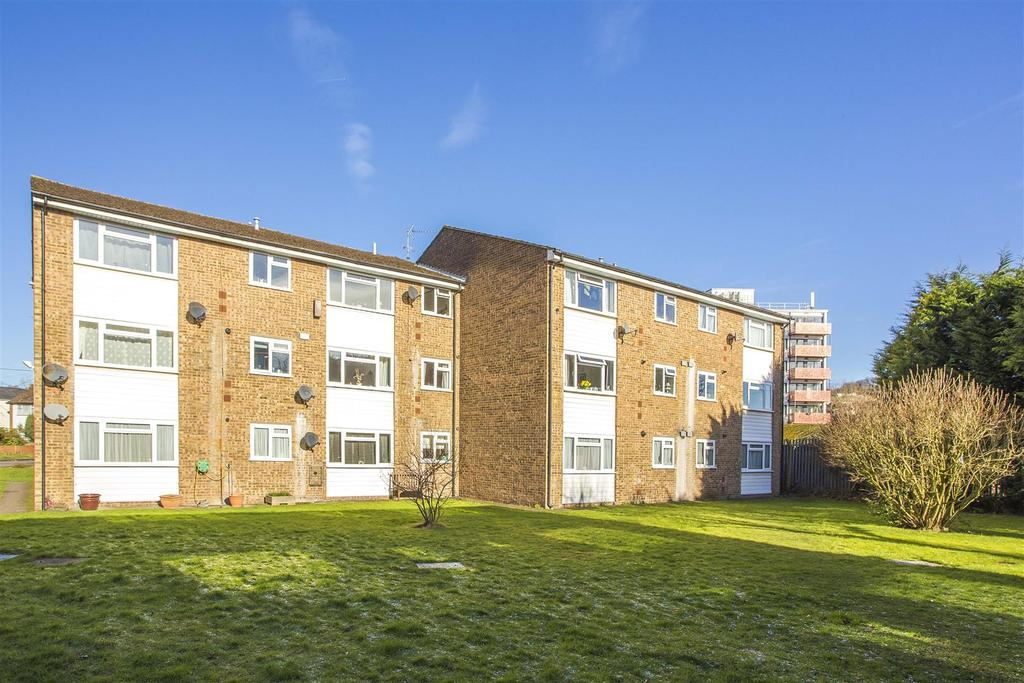 1 Bedroom Flat for sale in Fennels Road, High Wycombe