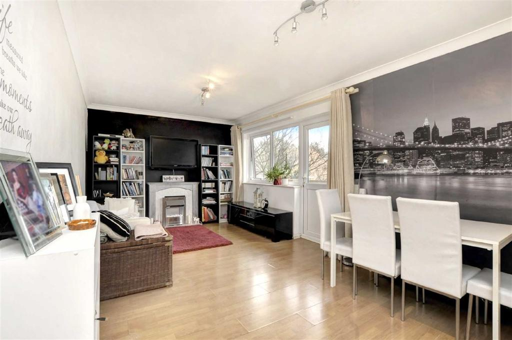 2 Bedrooms Flat for sale in Greenways, Brighton