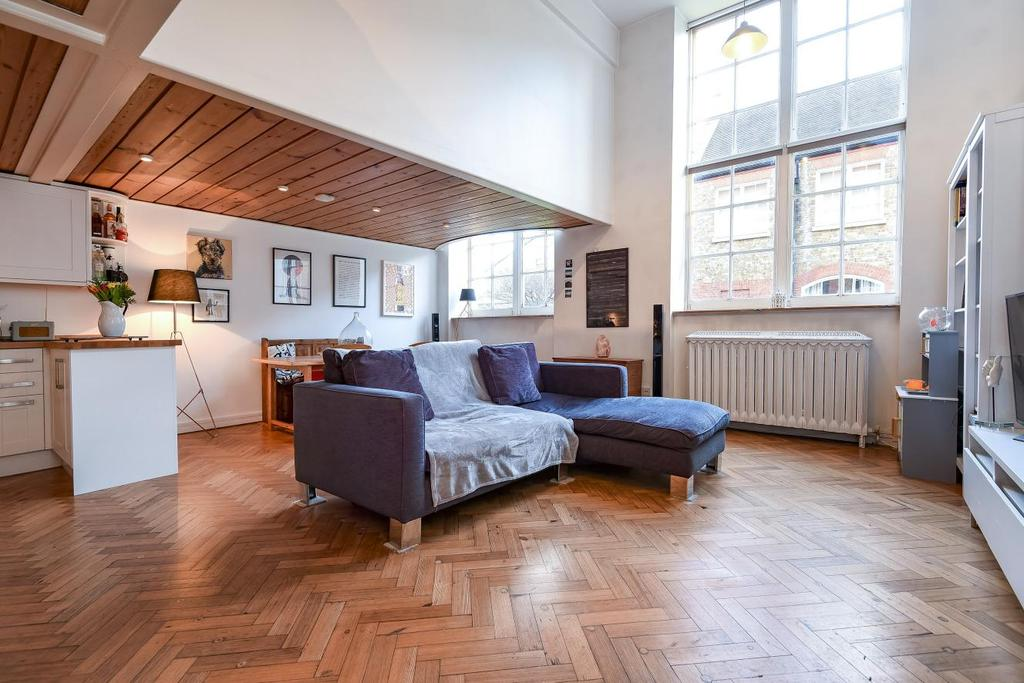 2 Bedrooms Flat for sale in Beta Place, Clapham