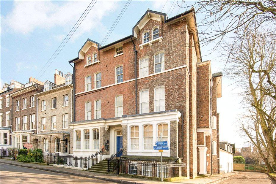 2 Bedrooms Apartment Flat for sale in The Juniper, St Mary's, York, YO30