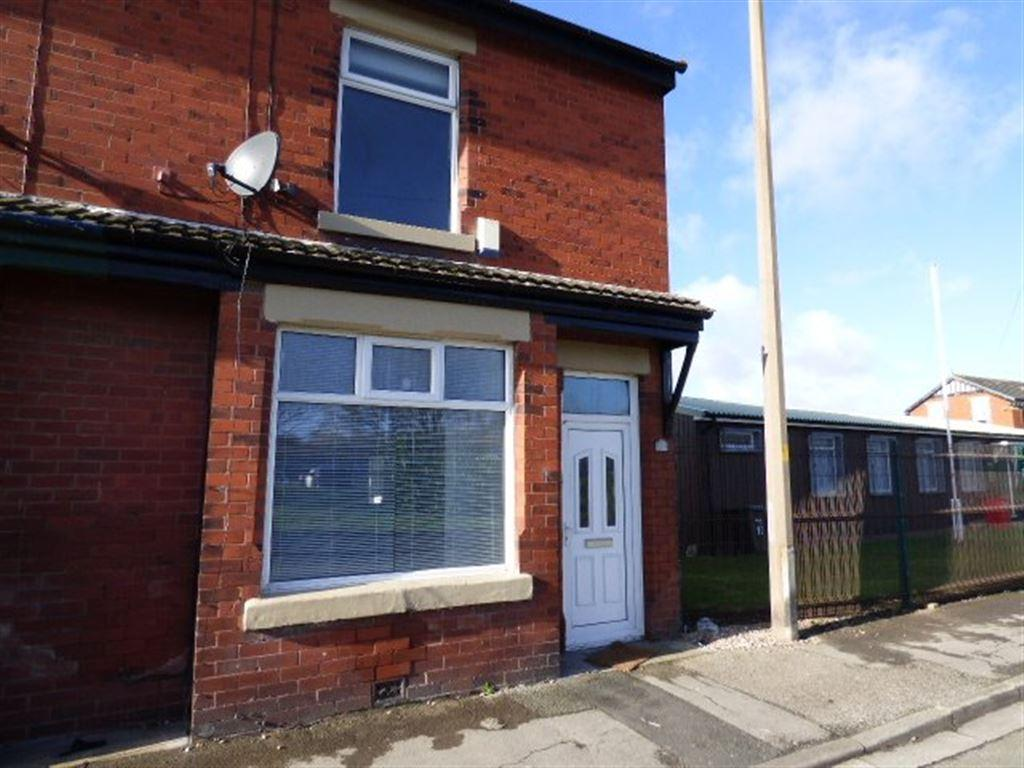 2 Bedrooms Terraced House for rent in Butts Road, Thornton FY5 4HX