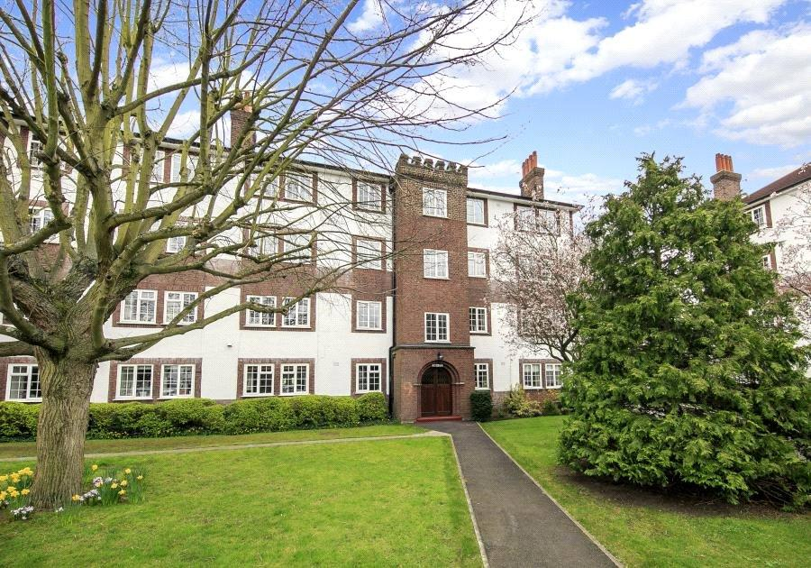 2 Bedrooms Flat for sale in Gloucester Court, Kew Road, Kew, TW9