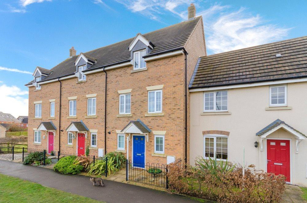 3 Bedrooms Town House for sale in Greenacres Drive, Bourne, PE10