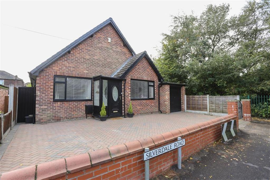4 Bedrooms Detached House for sale in Silverdale Road, Heaton Chapel
