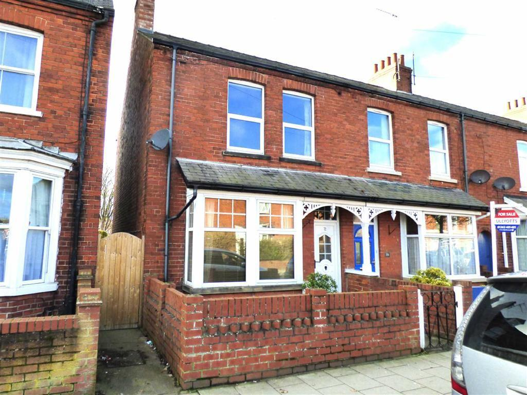 3 Bedrooms End Of Terrace House for sale in St Johns Avenue, Bridlington, East Yorkshire, YO16