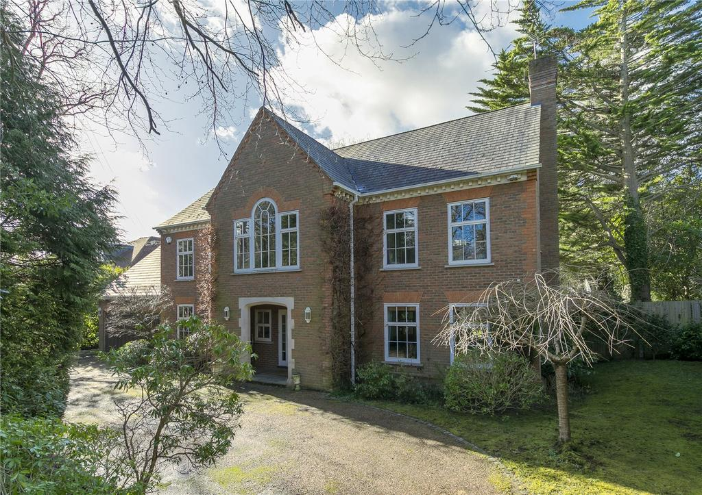 5 Bedrooms Detached House for sale in Woodside Road, Cobham, Surrey, KT11