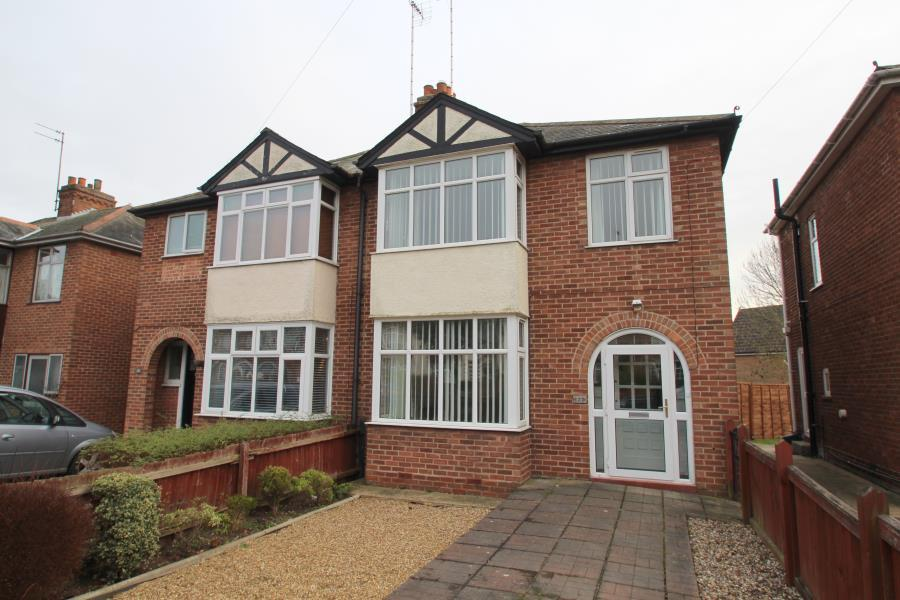 3 Bedrooms House for sale in Mill Road, North Colchester
