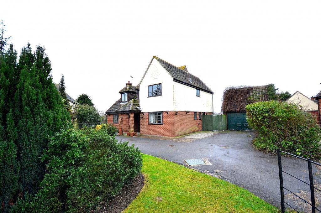 4 Bedrooms Detached House for sale in Bakery Close, Tillingham, Southminster, Essex, CM0