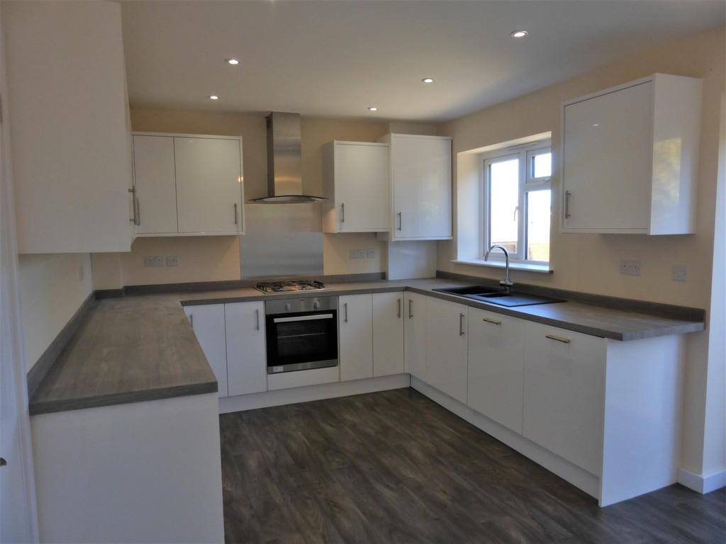 3 Bedrooms Detached House for sale in Ufton Close, Maidstone