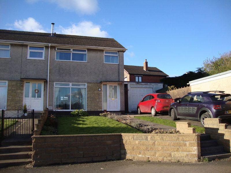 3 Bedrooms End Of Terrace House for sale in Grosvenor Place, Pontypool