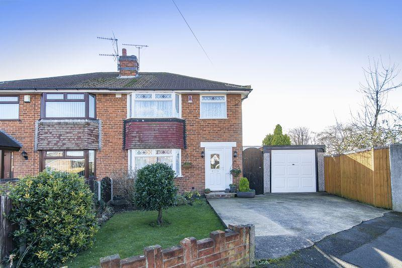 3 Bedrooms Semi Detached House for sale in Holtlands Drive, Alvaston