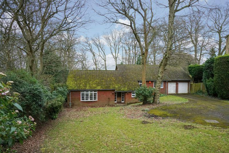 3 Bedrooms Bungalow for sale in Woodland Rise, Studham