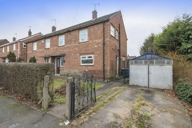 3 Bedrooms Semi Detached House for sale in BRENTFORD DRIVE, MACWORTH