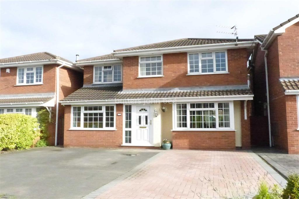 4 Bedrooms Detached House for sale in Rudheath, Northwich