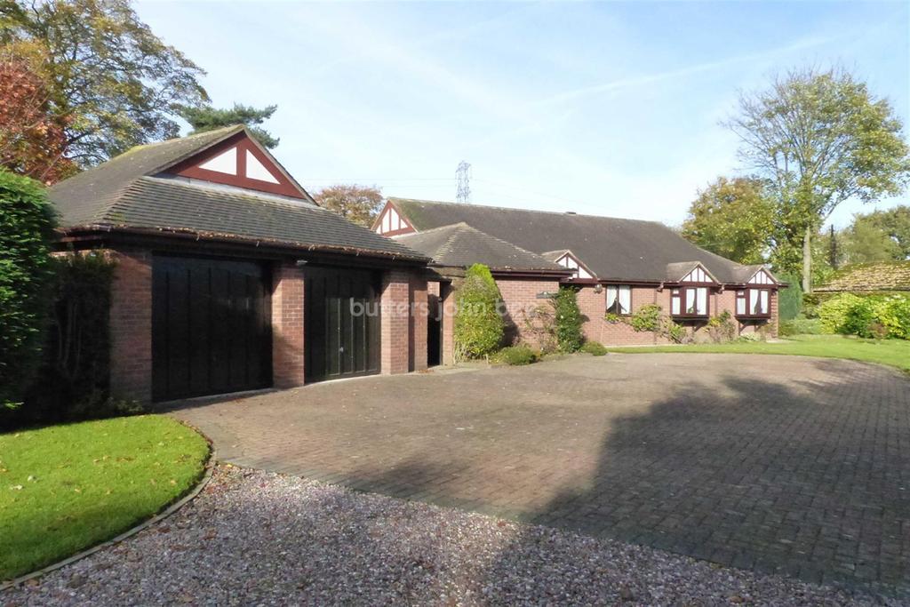 4 Bedrooms Bungalow for sale in Weaverham, Northwich