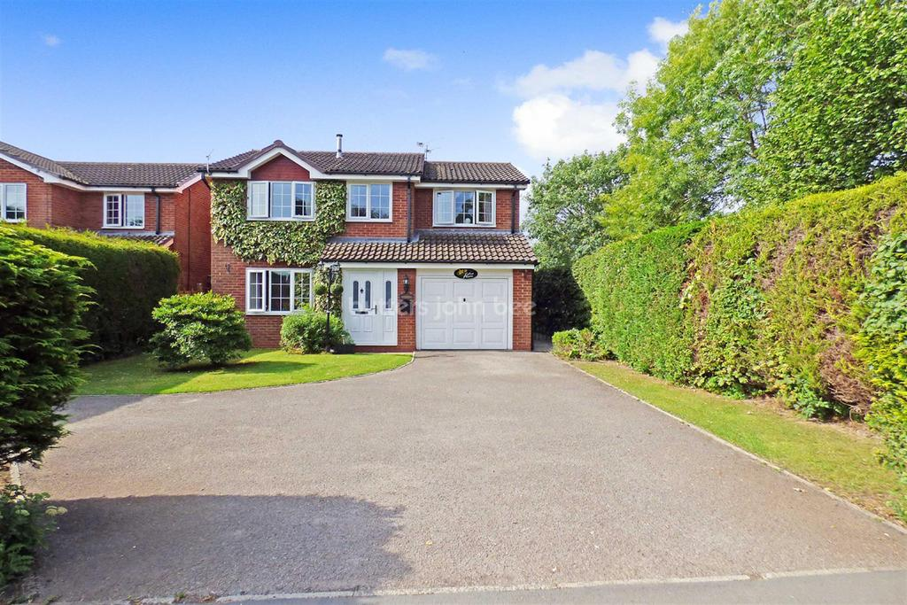 4 Bedrooms Detached House for sale in Wincham, Northwich