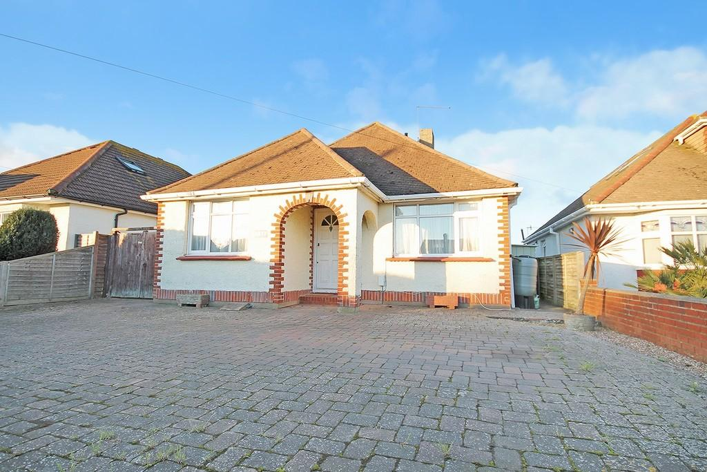 3 Bedrooms Detached Bungalow for sale in Crabtree Lane